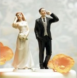 mobile couple wedding cake topper